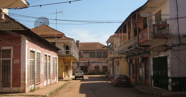 cheap hotel bissau